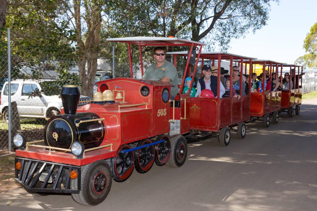 Club Pine Rivers Train