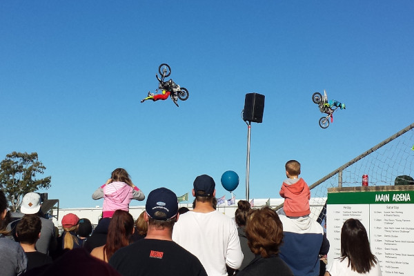 FMX Kaos watched by crowds at the Pine Rivers Show